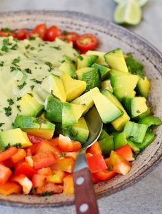 Creamy Mexican Avocado Salad which is perfect for lunch or as a side dish for dinner. This recipe is vegan, healthy, oil-free, gluten-free & easy to make. Vegan Potato Salads, Creamy Potato Salad, Corn Avocado Salad, Avocado Salad Recipes, Avocado Dressing, Easy Pasta Salad, Easy Salads, Dinner Salads, Dinner Dishes