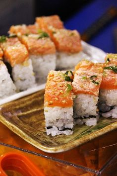 Sushi Time (via HYPER JAPAN 2012 Spring in London UK)|ロンドンの寿司 #Sushi #Sushimi