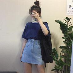 Korean Fashion – How to Dress up Korean Style – Designer Fashion Tips Kpop Fashion Outfits, Ulzzang Fashion, Korean Outfits, Asian Fashion, 90s Fashion, Girl Fashion, Girl Outfits, Style Fashion, Classy Outfits