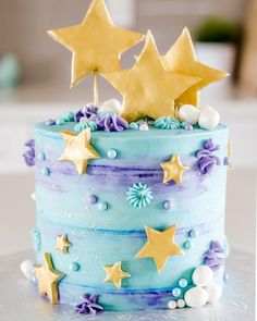 Star cake - motto-torten - You are in the right place about summer Cake Design Here we offer you the most beautiful pictures about the Cake Design debut you are looking for. Pretty Cakes, Cute Cakes, Beautiful Cakes, Amazing Cakes, Fancy Cakes, Mini Cakes, Cupcake Cakes, Star Cakes, Kolaci I Torte