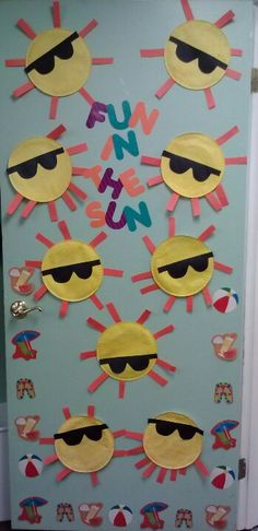 My Summer Door - just pic only -saved by Ebony Cooper Daycare Bulletin Boards, Summer Bulletin Boards, Preschool Door, Preschool Classroom, Toddler Classroom, Classroom Door, Toddler Art, Toddler Crafts, Summer Crafts For Toddlers