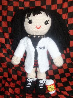 Abby from NCIS Doll - Free Amigurumi Pattern here: http://maggie-makes-stuff.blogspot.co.uk/2009/02/abby-from-ncis.html?m=1