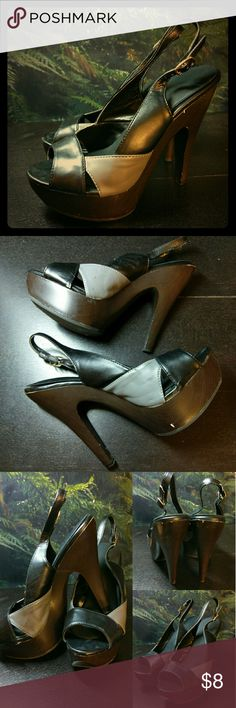 """Colorblock Platform Slingbacks Gray and black faux leather with subtle dark faux wood grain platform. Foam inserts, scuffs and signs of wear as pictured. Only worn a few times, so the soles are fine. Fun open toe shoes. Make an offer! 5"""" heel, 1"""" platform. Qupid Shoes Platforms"""
