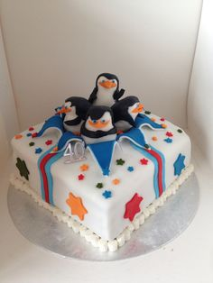 Penguins of Madagascar cake Madagascar Cake, Penguins Of Madagascar, Madagascar Movie, 11th Birthday, First Birthday Parties, Birthday Cakes, Cupcakes, Cake Cookies, Penguin Cakes