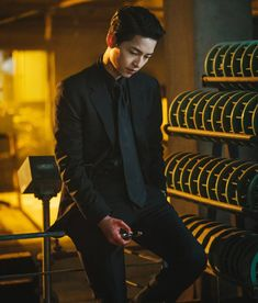 Song Joon Ki, Stylish Mens Outfits, Kdrama Actors, Character Aesthetic, Celebs, Songs, Fictional Characters, Asia, Korean