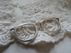 1 Faux Eye Glass Pendant Hipster Glasses Connector by BuyDiy
