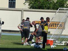 BotafogoDePrimeira: Wallyson sofre lesão durante treino e preocupa o B...