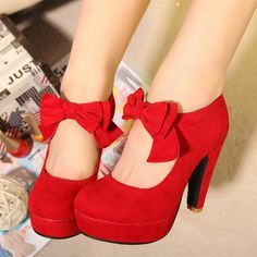 The Cuttest Red Prom Shoes 2014 Pretty Shoes, Beautiful Shoes, Cute Shoes, Me Too Shoes, Gorgeous Heels, Beautiful Pictures, Red Prom Shoes, Bow Shoes, Shoes Sandals