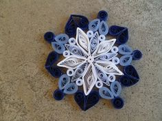 ombre snowflake by mallory