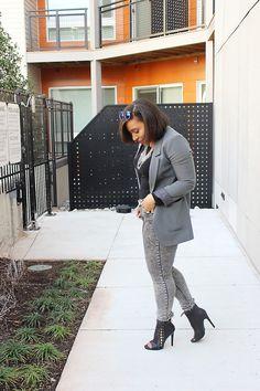 Patty's Kloset- How to Wear a Boyfriend Blazer #fashion #outfits #ootd