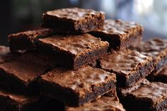 From a traditional Victoria sponge to a delicious Nutella brownies and everything in between - you're sure to find a delicious baking recipe your family. Nutella Brownies, Brownies Keto, Beste Brownies, Coconut Brownies, Healthy Brownies, No Bake Brownies, Skinny Brownies, Brownies Cacao, Baking Brownies