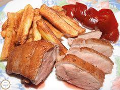 Friptura din piept de rata cu cartofi si gogosari French Toast, Bread, Breakfast, Fine Dining, Pork, Romanian Recipes, Morning Coffee, Brot, Baking