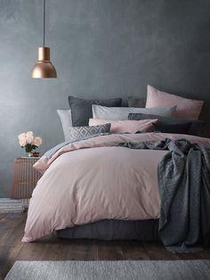 Top Perfect Bedding Ideas For Best Alternative Bedding Inspiration Dark Gray Bedroom, Grey Bedroom Design, Pink Bedroom Decor, Cozy Bedroom, Bedroom Colors, Dark Grey Bedding, Grey Room Decor, Bedroom Ideas, Feminine Bedroom