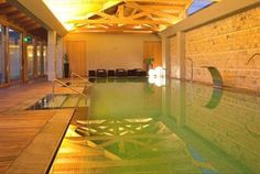 Na lezíria, um hotel cheio de charme está à sua espera para uma estada de sonho. No Hotel Lusitano Noite para 2 pessoas + massagem craniofacial + jantar (apenas para 3 e 5 noites) + Acesso ao ginásio e circuito de água do SPA desde 165€. - Descontos Lifecooler