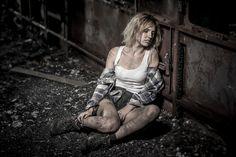 Roksana dirty girl in burned train - Roksana dirty girl in burned train
