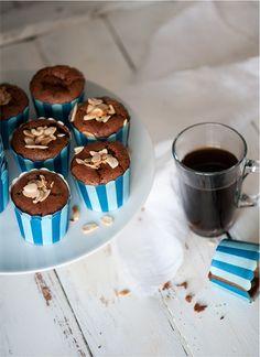 Mini Flourless Chocolate Almond Cakes - Gourmet Kitchen Tales