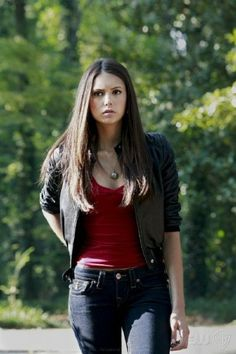 Elena Gilbert. I want a leather jacket like this!!