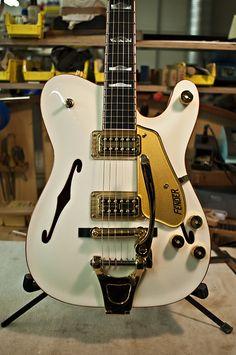 Forever Captive Photography: Paul Waller's Fender White Chicken
