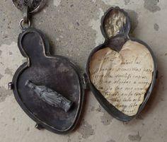sacred locket (via fagins-daughter)