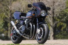 Pure Performance: Kawasaki Z1-R rests-mod by the Japanese masters AC Sanctuary.
