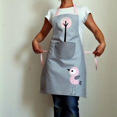 Dámská zástěra s ptáčkem / Prodané zboží prodejce Škvó | Fler.cz Apron, Applique, Baking, Fashion, Aprons, Dish Towels, Scrappy Quilts, Ideas, Kids Apron