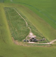 The West Kennet Long Barrow is a Neolithic tomb dating back to 3650 BC and is thus the oldest building in England. The inside tunnels were used as pagan burial chambers and are built from Saracen rock as seen on the exterior.