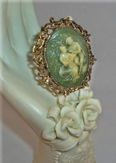 Beautiful Green  Victorian Lovers Gold by MysteryOakRanch on Etsy, $28.00