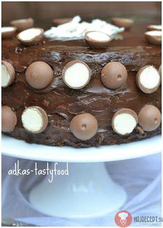 Čokoládovo-kokosová torta s Lindt bonbónmi