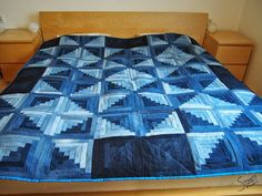 Quilt aus Jeanshosen / Quilt made from many pairs of jeans / Upcycling