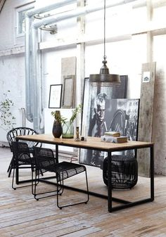 Industrial decor style is perfect for any interior. An industrial office is always a good idea. | Find more amazing projects and design news in http://bocadolobo.com/blog/