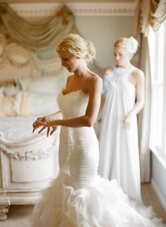 Vera Wang June gown | Knoxville Wedding Photographer
