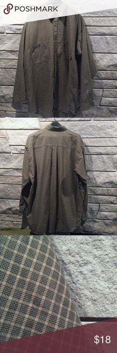 Patagonia Organic Cotton button down green plaid Patagonia men's button down long sleeve. Green plaid. Size XL. Great condition no stains, rips, or holes. Patagonia Shirts Casual Button Down Shirts