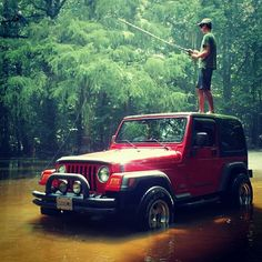 A great day out with the jeep. Jeep Willys, Jeep 4x4, Jeep Truck, 2 Door Jeep, Old Bronco, Jeep Quotes, Jeep Humor, Water Time, Chrysler Dodge Jeep
