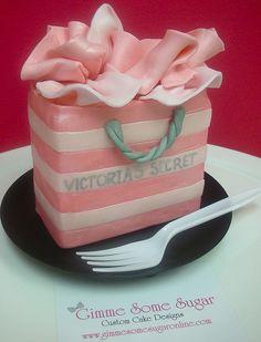 Victoria's Secret Designer Shopping Bag Cake, via Flickr.