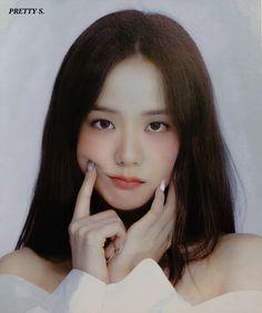 Kpop Girl Groups, Korean Girl Groups, Kpop Girls, Blackpink Jisoo, Image Pinterest, Blackpink Members, Black Pink Kpop, Blackpink Photos, Jennie Blackpink