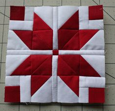 Welcome to the Nordic Mini Quilt Along! This will be a red and white mini quilt that measures 14 square. Today's row is the Nordic Star! Quilt Block Patterns 12 Inch, Quilt Square Patterns, Big Block Quilts, Mug Rug Patterns, Star Quilt Blocks, Scrappy Quilts, Mini Quilts, Square Quilt, Patch Quilt