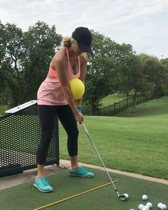 How could you consistently make golf swings which get you low scores? Do your golf drills diligently. Below are just some of golf drills that will help Golf Chipping Tips, Golf Videos, Golf Drivers, Golf Instruction, Golf Tips For Beginners, Golf Putting, Golf Exercises, Stretches, Perfect Golf