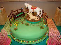 Resultado de imagem para bolo cavalo pasta americana