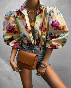 Look Fashion, Fashion Outfits, Womens Fashion, Unique Fashion Style, High Fashion Looks, Fashion Blouses, Fashion Shirts, Funky Fashion, Big Fashion