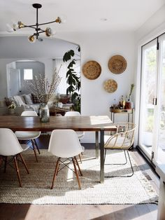 Get inspired by Modern Dining Room Design photo by Kristin Dion. Wayfair lets you find the designer products in the photo and get ideas from thousands of other Modern Dining Room Design photos. Boho Living Room, Interior Design Living Room, Home And Living, Living Room Decor, Interior Livingroom, Modern Living, Dining Room Inspiration, Dining Room Design, Apartment Living
