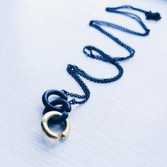 C-rings kæde i sølv og guld... #c-ringe #hønseringe #barndomsminder #childhoodmemories #halskæde #necklace