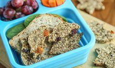 Disse sunne havrekjeksene inneholder både havregryn og banan, og er perfekte å ha med i matpakken til barna.