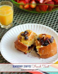 Blueberry Stuffed French Toast- joyfulscribblings.com #breakfast