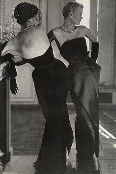 Christian Dior's scissor skirt line, Vogue, October 1949