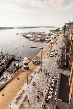 The Waterfront Promenade at Aker Brygge by Link Landscape «Landscape Architecture . - The Waterfront Promenade at Aker Brygge by Link Landscape «Landscape Architecture Platform Villa Architecture, Landscape Architecture Design, Online Architecture, Architecture Diagrams, Landscape Architects, Architecture Portfolio, Landscape Steps, Urban Landscape, Landscape Plans