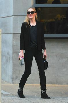 Kate Bosworth / All Black