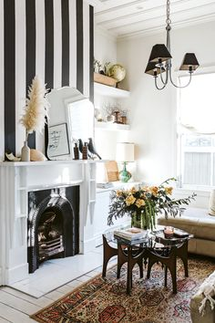 From derelict drug den to elegant family home: New Plymouth villa gets a style intervention Minimalist Wallpaper, Minimalist Decor, Decor Interior Design, Interior Decorating, Black And White Wallpaper, Striped Wallpaper, Built In Bench, Dining Nook, Home Wallpaper