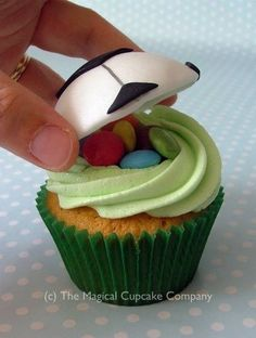 Cupcakes: World Cup Football Inspiration - hidden sweeties under a fondant dome! (c) The Magical Cupcake Company Football Cupcakes, Kid Cupcakes, Yummy Cupcakes, Little Boy Cakes, Cakes For Boys, Cupcake Day, Cupcake Cakes, Mini Cakes, Cake Pops