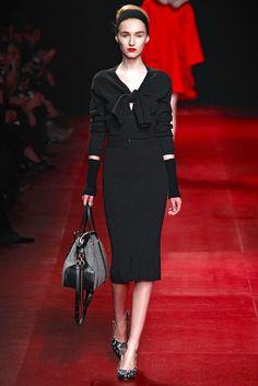 Nina Ricci Fall 2013 Ready-to-Wear Fashion Show Collection