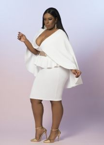 I love a nice a nice white outfit. It always looks chic and polished. Curvy Girl Fashion, Look Fashion, Plus Size Fashion, Fashion Outfits, Womens Fashion, Plus Size Dresses, Plus Size Outfits, Modelos Plus Size, Looks Plus Size